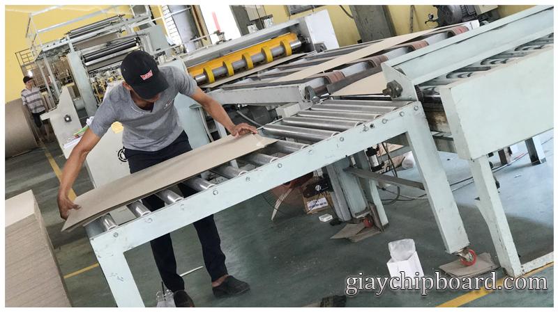 xuong sx chipboard